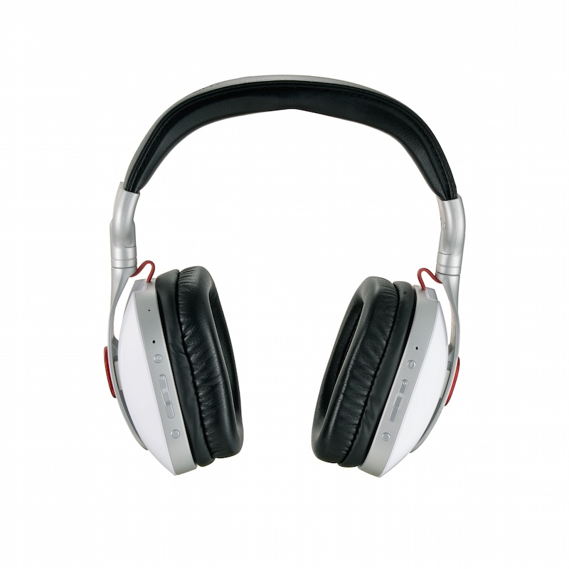 Turtle Beach i30 Wireless Mobile Media Headset 02