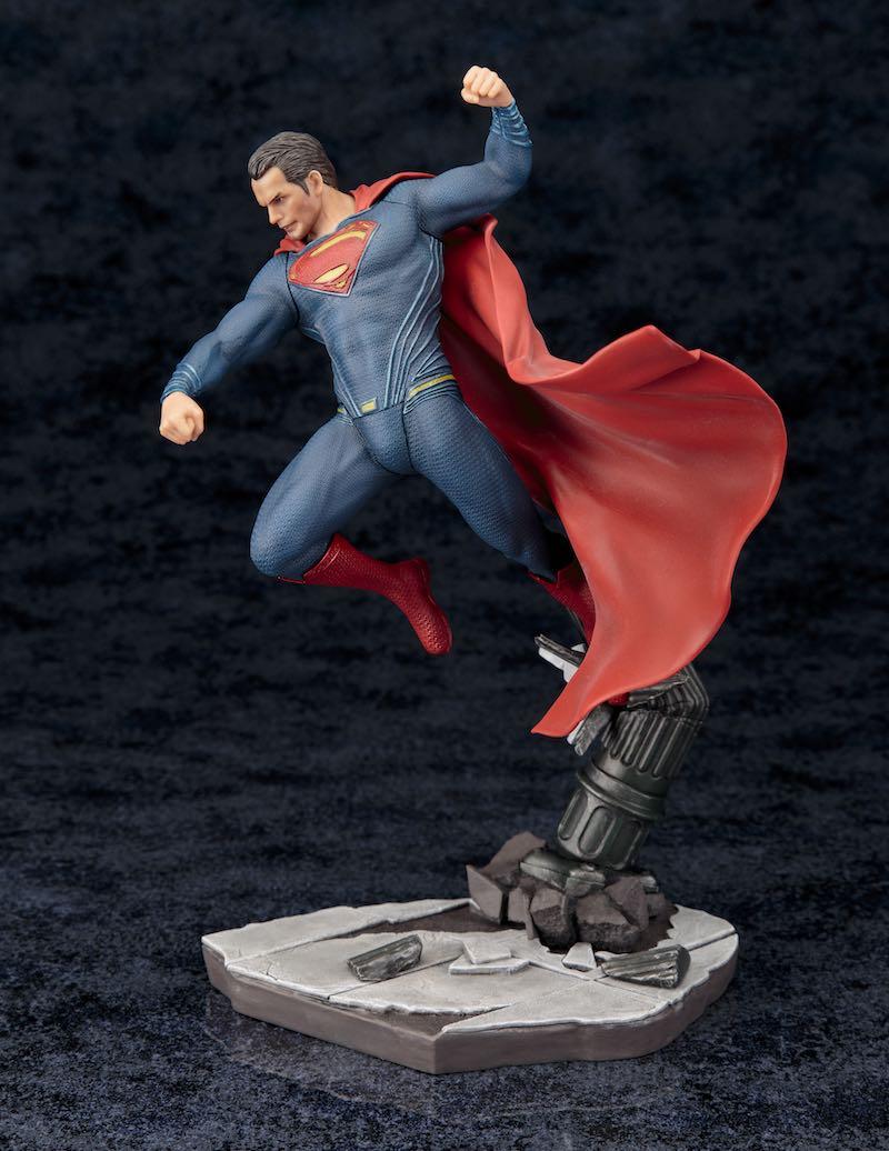 Kotobukiya ARTFX+ Batman V Superman Dawn Of Justice supes